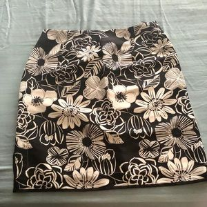 Black and White printed skirt
